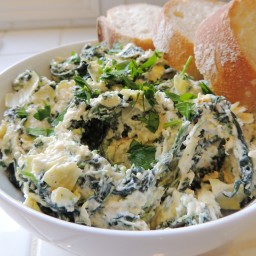 Spicy Spinach & Artichoke Dip with Roasted Garlic
