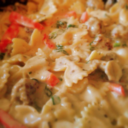 Spinach and Red Pepper Pasta with Italian Sausage