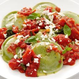 Spinach Ravioli With Tomato Sauce
