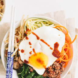 Spiralized Vegetarian Bibimbap with Quinoa