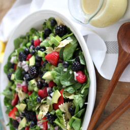 Springtime Spinach, Kale and Pasta Salad with Creamy Citrus Dressing