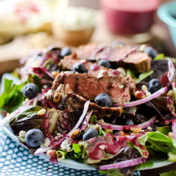 Steak and Bleu Cheese Salad with Blueberry Balsamic Dressing