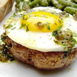 Steak Hache Avec Oeufs a Cheval (Hamburgers W/ Eggs on Horseback