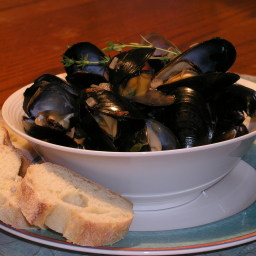 Steamed Mussels a la Caesar