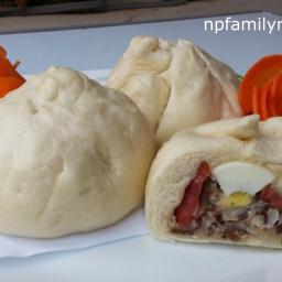 Steamed Pork Buns (Bánh Bao)