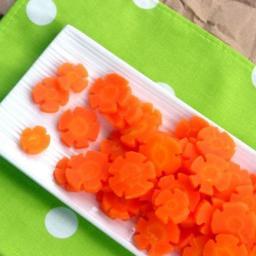 Steamed Carrot Flowers - pressure cooker recipe