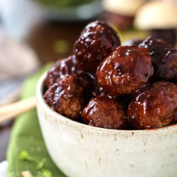 Sticky BBQ Slow Cooker Meatballs Recipe