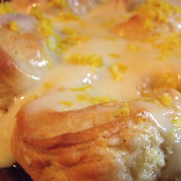 sticky-lemon-rolls-with-lemon--80abff.jpg