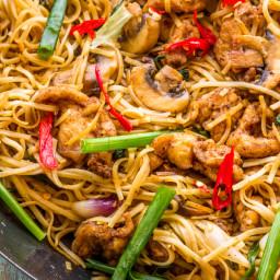 Stir Fried Chicken and Mushroom Noodles