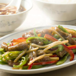 Stir-Fried Flank Steak with Bamboo Shoots and Bell Pepper