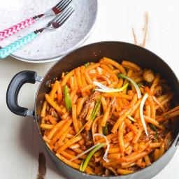 Stir-fried Macaroni with Beef (Nui Xao Thit Bo)