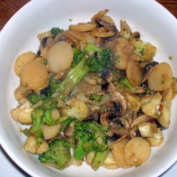 Stir-Fried Mushrooms and Broccoli