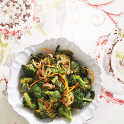 Stir-Fried Broccoli Florets, Stems, and Leaves