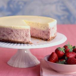 Strawberries-and-Cream Cheesecake