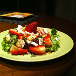 strawberry-and-goat-cheese-salad-2.jpg