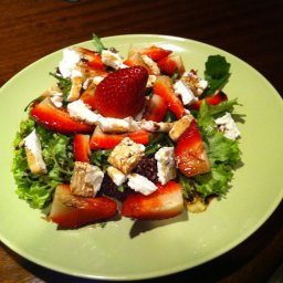 strawberry-and-goat-cheese-salad.jpg