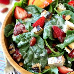 strawberry-apple-chicken-salad-1691764.jpg