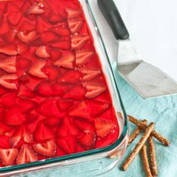 Strawberry Cream Cheese Pretzel Salad