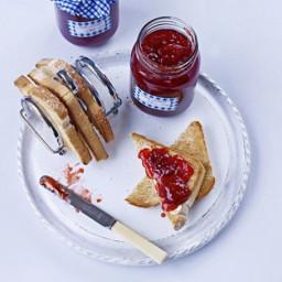 strawberry-jam-2458611.jpg