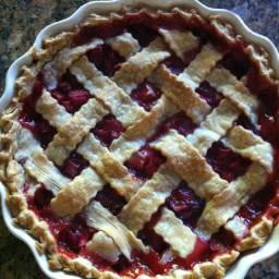 strawberry-rhubarb-pie-1-3.jpg