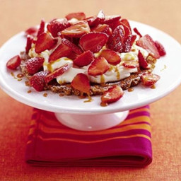 Strawberry toffee tart
