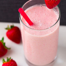 Strawberry Coconut Oat Smoothie