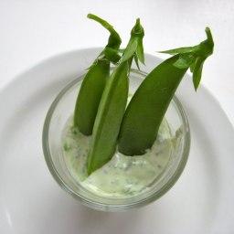 Sugarsnap peas in a minted lemon dressing