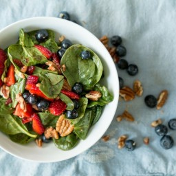 Summertime Strawberry Paleo Spinach Salad