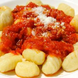 Sunday Pasta : Gnocchi con Ragu di Costine (Short Ribs)