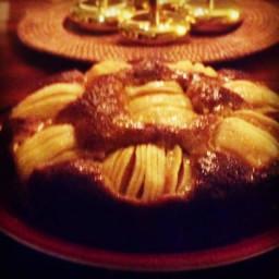 Sunken Apple and Honey Cake [Versunkener Apfelkuchen]