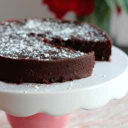 Super Decadant Flourless Chocolate Cake