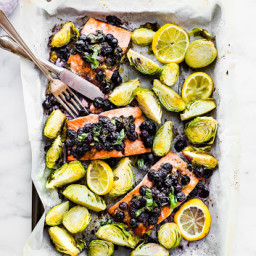 Super Food Baked Salmon {Paleo One Pan Meal, Whole 30 Friendly}