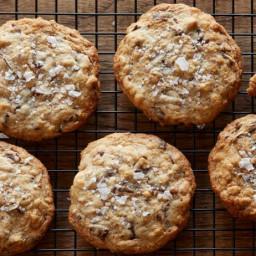 Super Yummy Chocolate Chunk Oatmeal Cookies