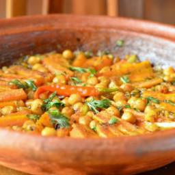 Sweet and Savory Vegetarian Tagine with Carrots and Chickpeas