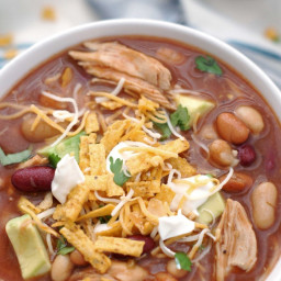 Sweet and Smoky BBQ Chicken Chili {Slow Cooker}
