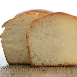 Sweet and soft Japanese style Hokkaido Milk Bread (tangzhong)