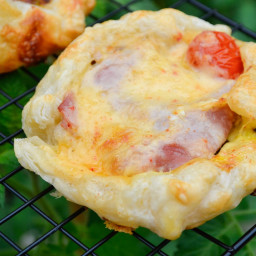 Sweet Onion, Spinach and Chipotle Gouda Breakfast Baskets