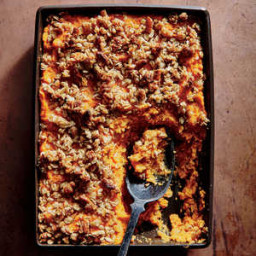 sweet-potato-casserole-with-crunchy-oat-topping-021c1402d93421ae105fd3b9.jpg