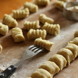 Sweet potato gnocchi {Paleo, AIP}
