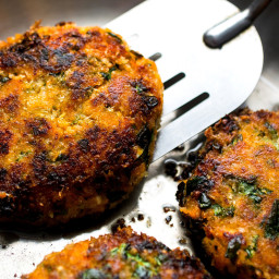 Sweet Potato, Quinoa, Spinach and Red Lentil Burger