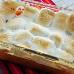 sweet-potato-yam-casserole-with-marshmallows-1788312.jpg