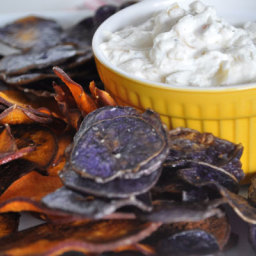 Sweet Potatoe Chips ad Onion Dip