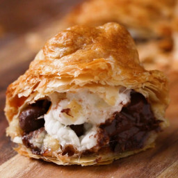 Sweet Puff Pastry Pockets Recipe by Tasty