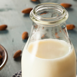 Sweet Vanilla Almond Milk Recipe