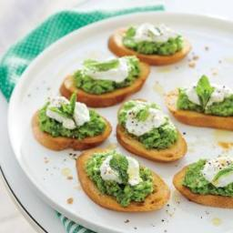 Sweet Pea Crostini with Ricotta