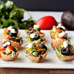 Taco Salad Mini Bites – a heathy hot sauce recipe