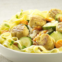 tagliatelle-met-falafel-en-pittige-groenten-2064348.jpg