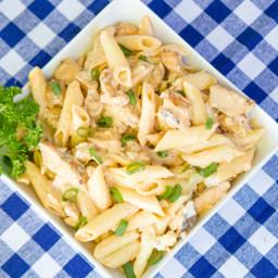 Tailgating Buffalo Chicken Pasta Salad