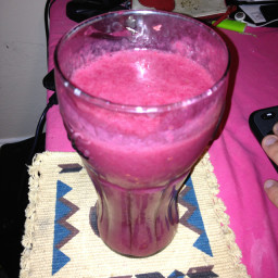 Tart Blackberry, Banana, and Raspberry Smoothie
