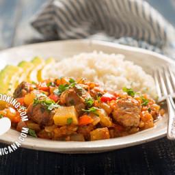 Tayota Guisada con Longaniza Recipe (Chayote with Pork Sausage)